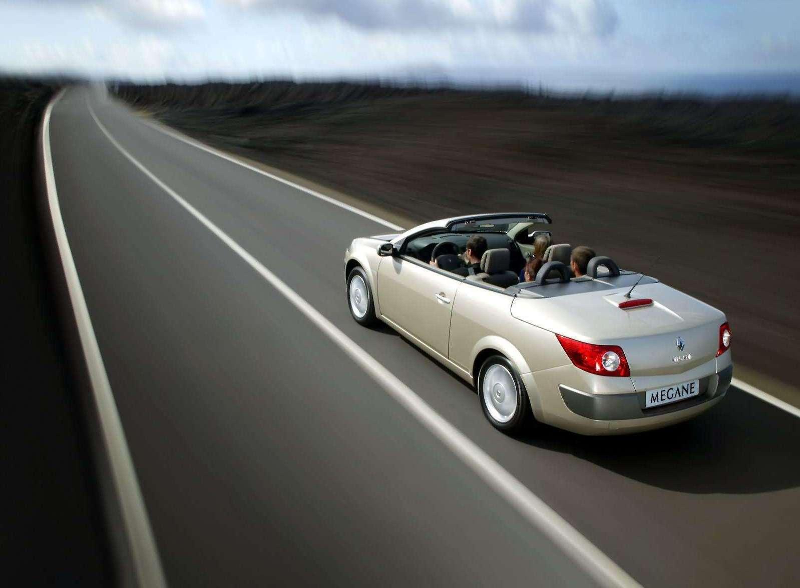 mojagaraza renault megane cabriolet 2003 2005 mojagara a. Black Bedroom Furniture Sets. Home Design Ideas